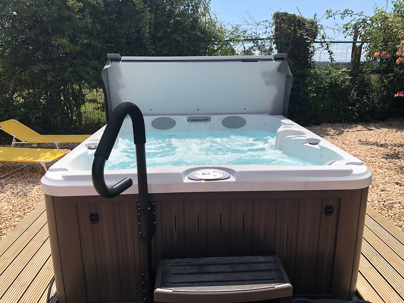 Jacuzzi for sole use of Hawthorn guests - suitable for 4 guests