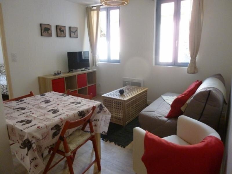 Agréable T2 dans résidence au centre d'Ax-les-thermes, location de vacances à Ascou