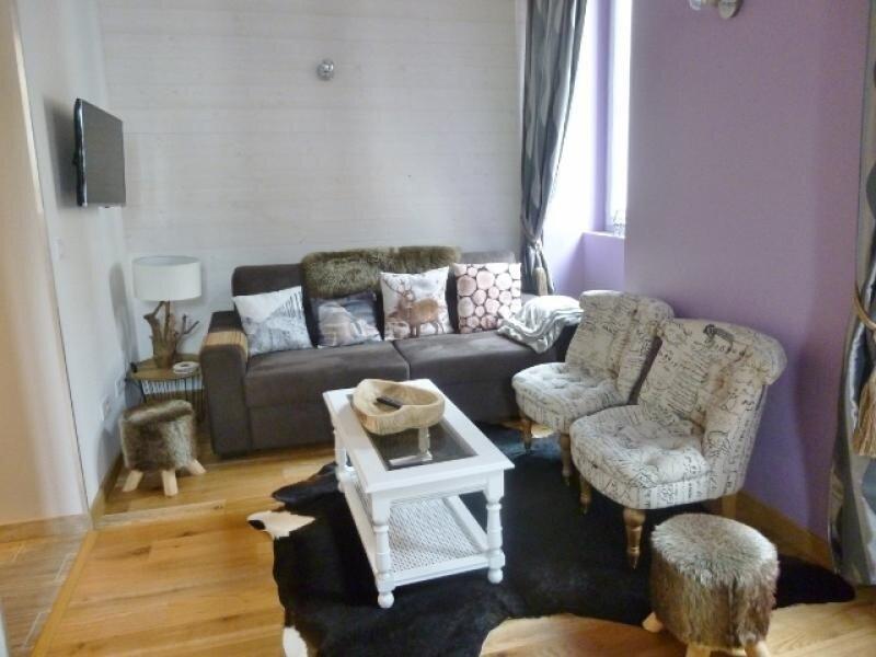 Appartement contemporain en duplex en centre ville d'ax les thermes, vacation rental in Ignaux
