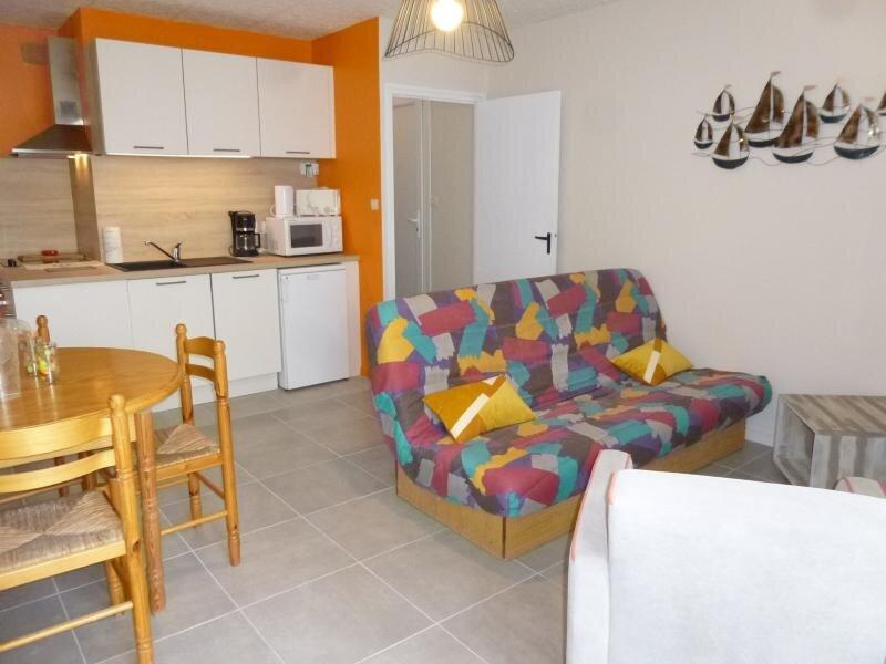 Location Appartement Saint-Hilaire-de-Riez, 2 pièces, 6 personnes, vacation rental in Saint-Hilaire-de-Riez