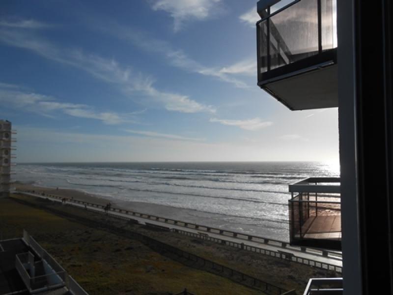GRANDE PLAGE DE SAINT GILLES - appartement T2 avec parking privé, vacation rental in Croix-de-Vie