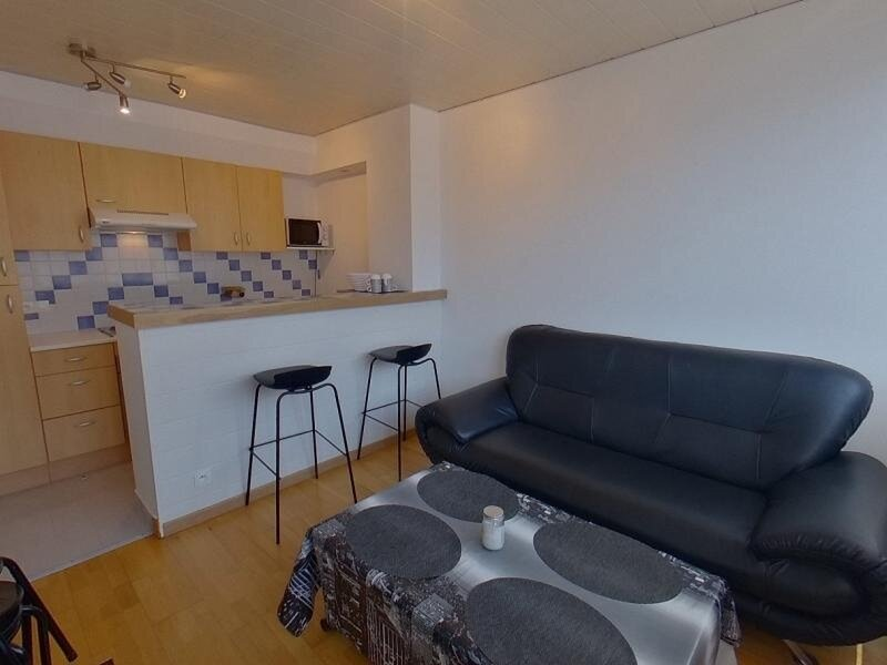 REF 173 - LORIENT 2 couchages - Hyper centre ville, vacation rental in Lorient
