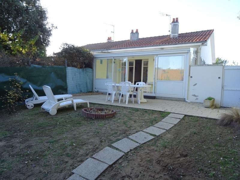 Appartement situé à proximité de la forêt, des commerces et de la plage, location de vacances à Beauvoir-Sur-Mer