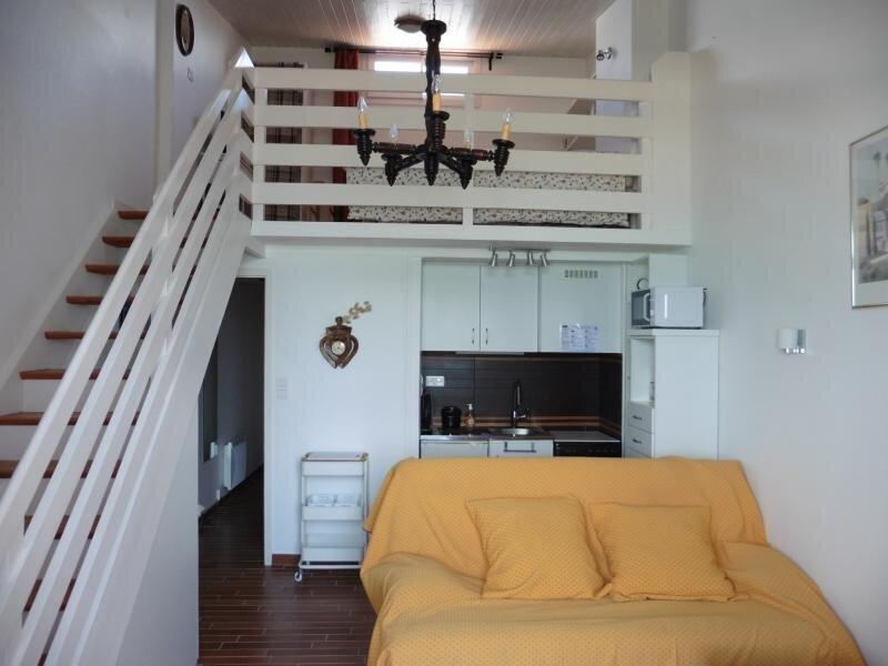 Location située à FROMENTINE - Vue Mer, avec accès direct à la plage, à 50m de, location de vacances à Fromentine