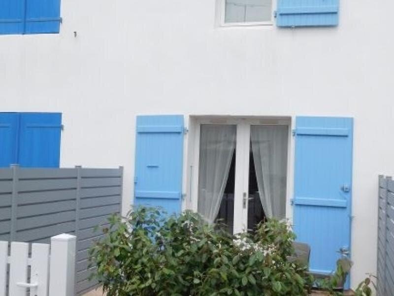 AGREABLE MAISONNETTE PROCHE DE LA PLAGE, pour quatre personnes maximum à LA, vacation rental in La Faute sur Mer