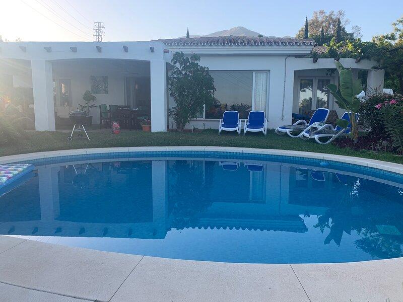 Beautiful tranquil villa near Mijas Pueblo, holiday rental in Mijas Pueblo