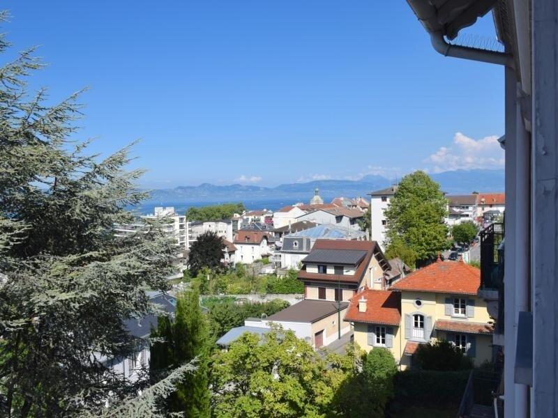 Grand appartement 3 chambres avec vue imprenable sur le Lac Léman, casa vacanza a Neuvecelle