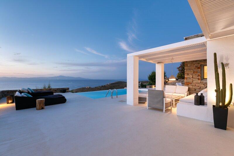 villa Sandra Maria,here the sky is the limit!, alquiler vacacional en Ceos