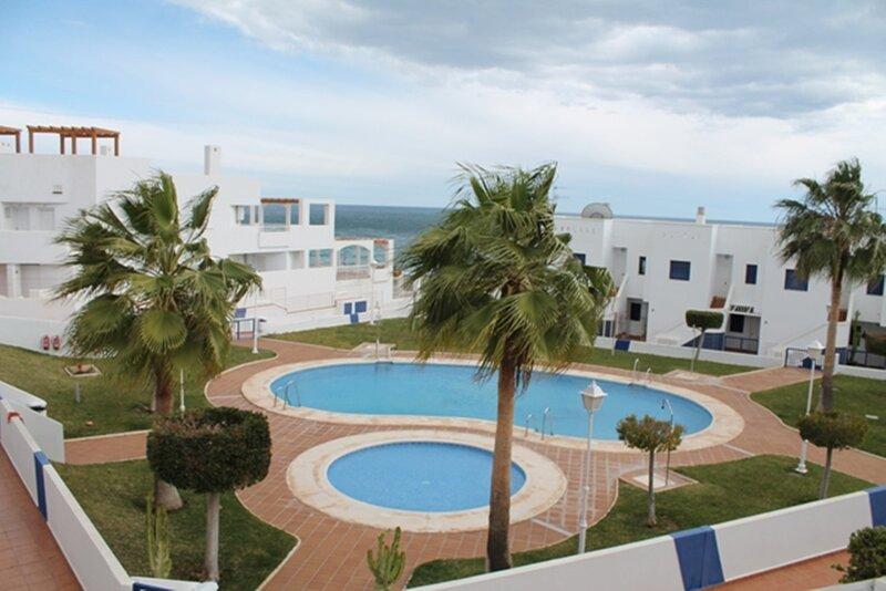 Apartamento 1 linea de playa, vacation rental in Mojacar
