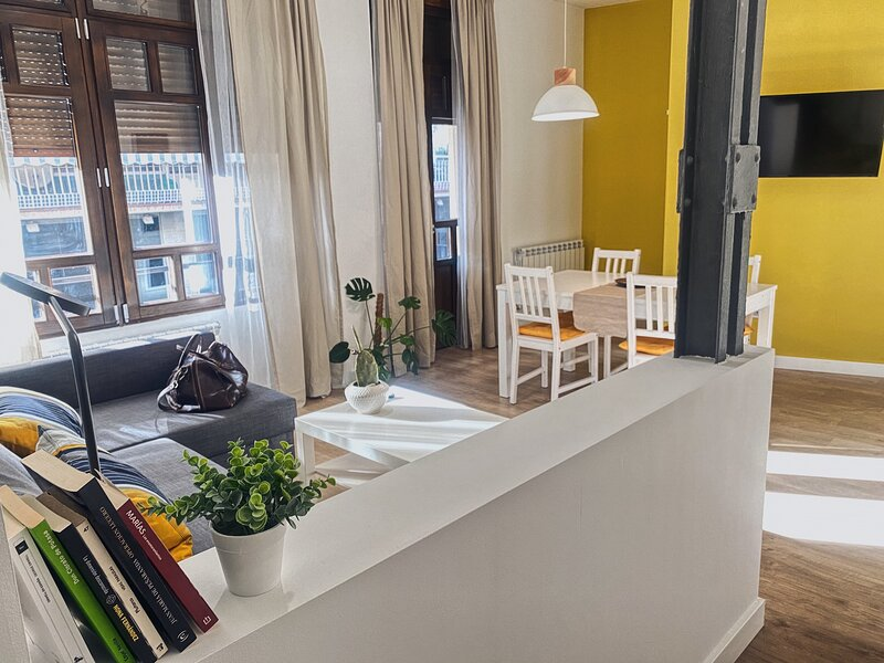 Apartamentos Pozo Amarillo I, holiday rental in Roscales de la Pena