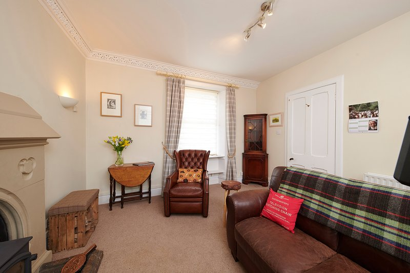 Self Catering apartment in historic railway station, holiday rental in Beauly