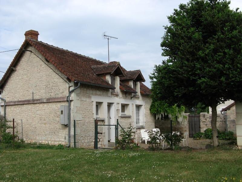 Maison à 5 minutes de LA ROCHE POSAY, location de vacances à Ingrandes