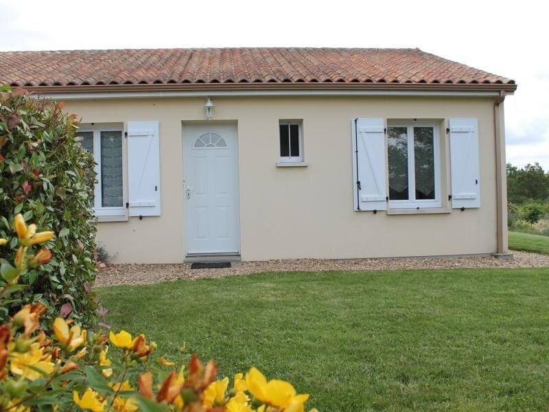 Maison meublé, proche des Thermes St Roch, location de vacances à La Roche-Posay