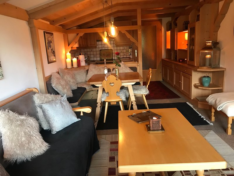 Charming, cosy and spacious apartment, location de vacances à Maria Alm