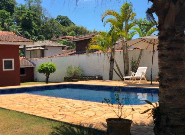 Linda casa de campo em Atibaia com todo o conforto, location de vacances à Jarinu