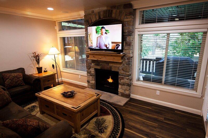 Snowbasin/Lakeside Village/New/Luxuries/Hot Tub, location de vacances à Huntsville