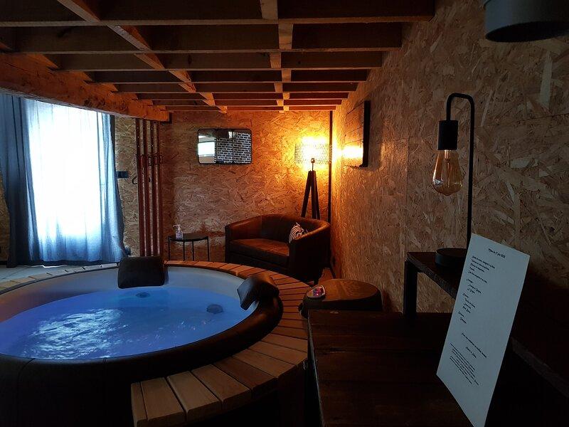 Chambre d'hôtes de charme, spa et sauna privés., location de vacances à Bambecque
