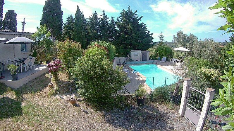 Beau cottage d'artiste, piscine, vue exceptionnelle, classé site remarquable, casa vacanza a Gaudies