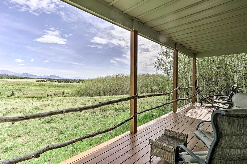 Warm Springs Cabin on 2 Private Acres w/ Trails!, location de vacances à Granite
