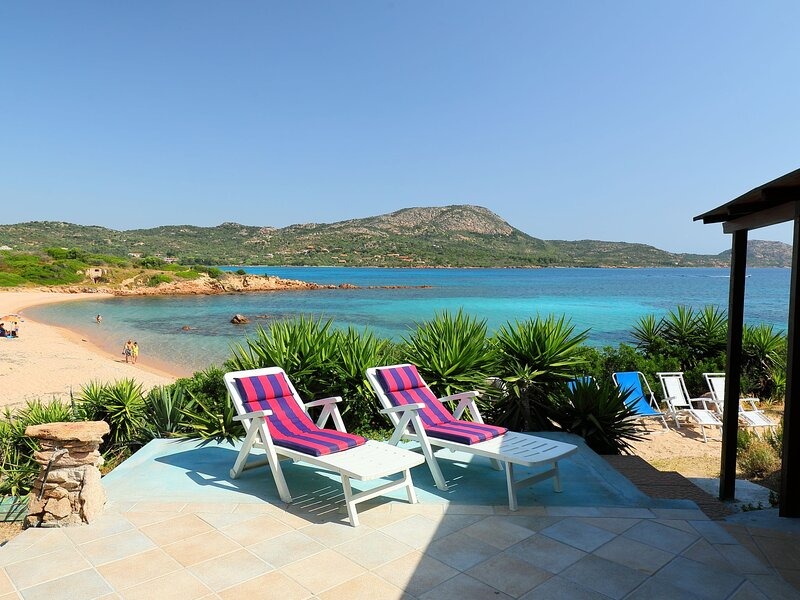Tritone, vacation rental in Porto Istana