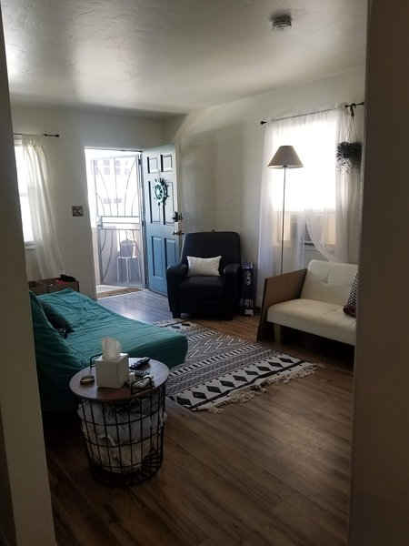 49 Steps to the Ocean or the Bay, vacation rental in San Diego
