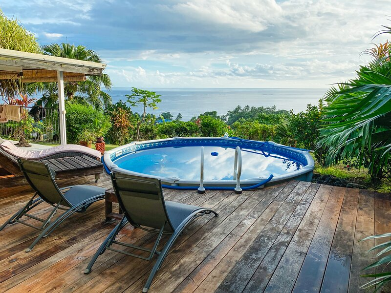 The Lodge, dreamy bungalow with breathtaking views, holiday rental in Tahiti