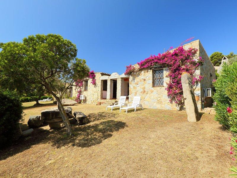 Ville Sant'Elmo (REI240), location de vacances à Cala Sinzias