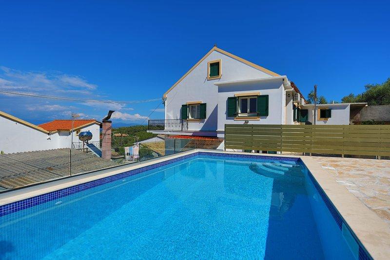 Villa Thea Antonis: Amazing sea views, In Gaios Paxos, A/C, Wi Fi, vacation rental in Gaios
