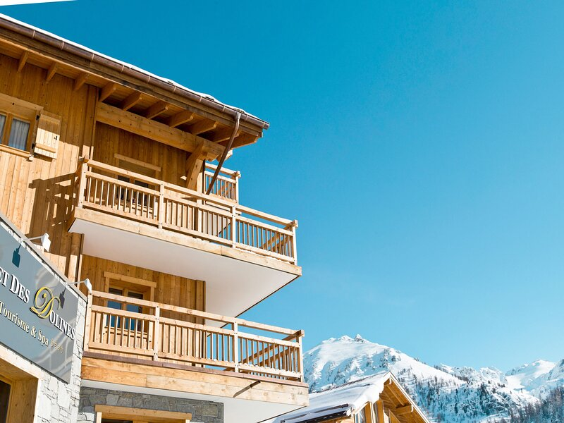 CGH Rés&Spa Chalet des Dolines (MNV111), holiday rental in Claviere