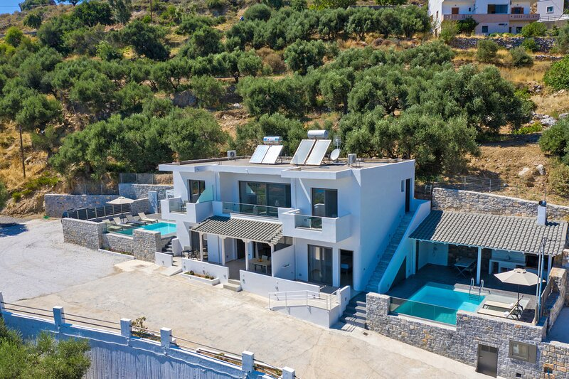 Spectacular Sea View Villa,Near Taverns & Sandy Beaches 1, holiday rental in Frangokastello