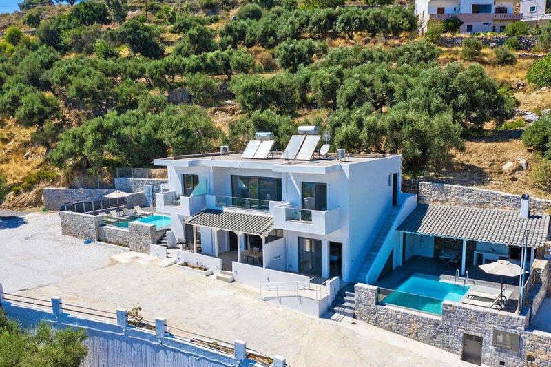 Spectacular Sea View Villa,Near Taverns & Sandy Beaches 2, holiday rental in Frangokastello