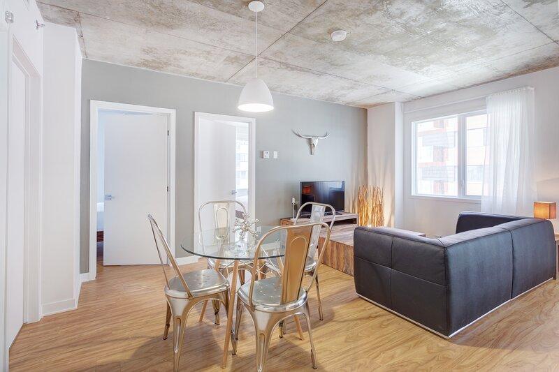 Corporate Stays | Hexagone 2 | Homey 2 BR, aluguéis de temporada em Brossard