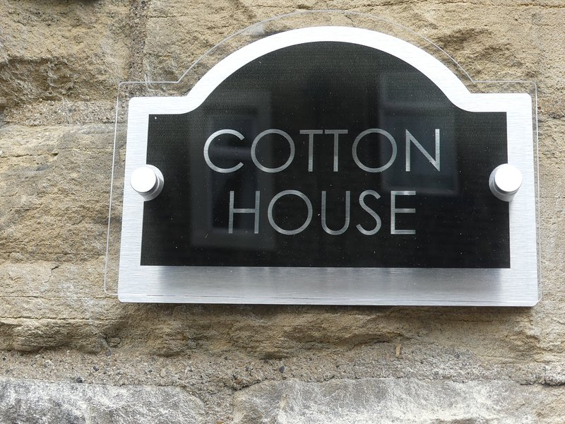 COTTON HOUSE.CENTRAL SKIPTON. GATEWAY TO THE DALES..3 BEDROOM HOUSE, casa vacanza a Embsay