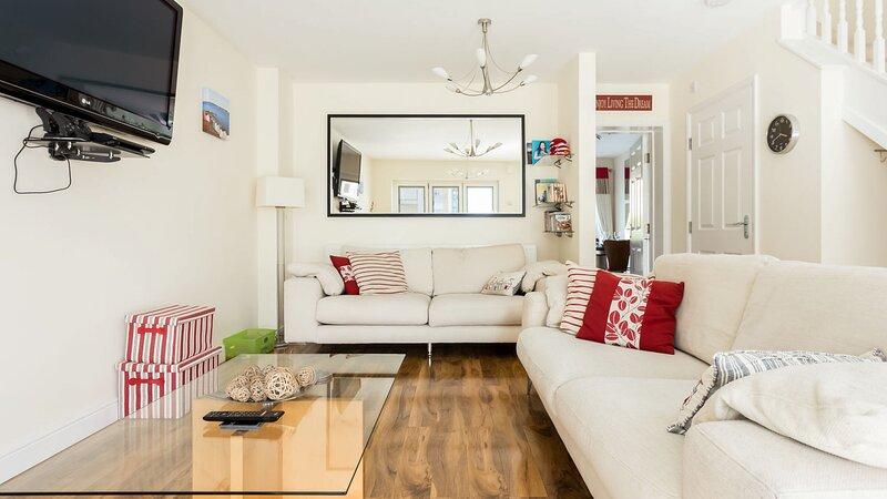 Shore Thing - Hamworthy, vacation rental in Lytchett Minster