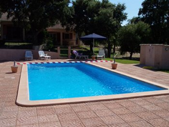 Amazing villa with shared pool, vacation rental in Zonza