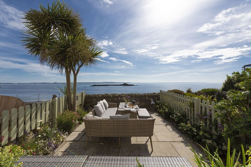 Mariners Cottage - A beautifully refurbished 18th Century fisherman's cottage, location de vacances à Mousehole