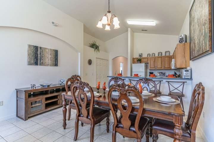 Dining Area w/Seating for Six (6) - Open Access to Kitchen and Living Area