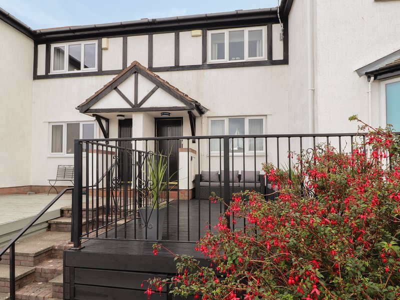 Castle View, Deganwy, holiday rental in Deganwy