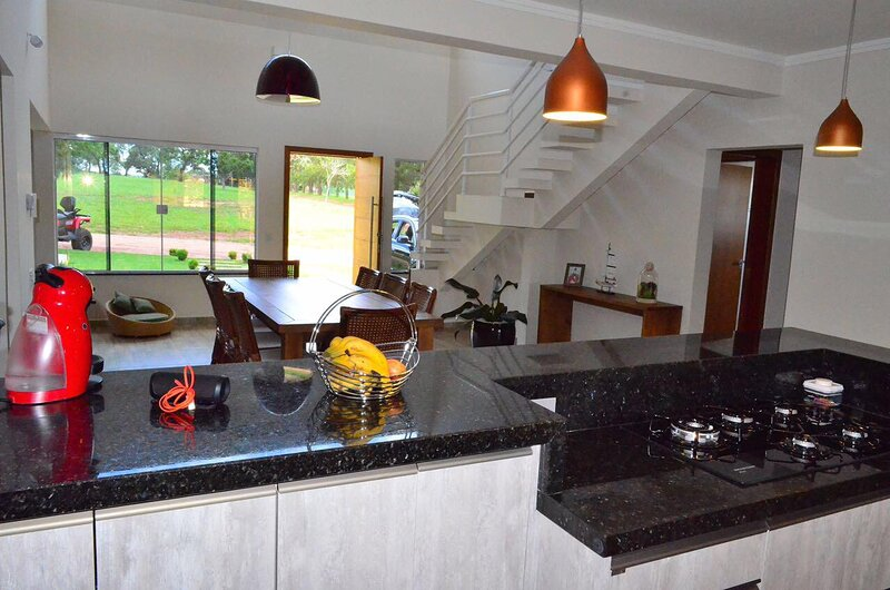 Riviera XIII Praia&Campo -Casa GJ07 Setor Iate VI, holiday rental in Paranapanema