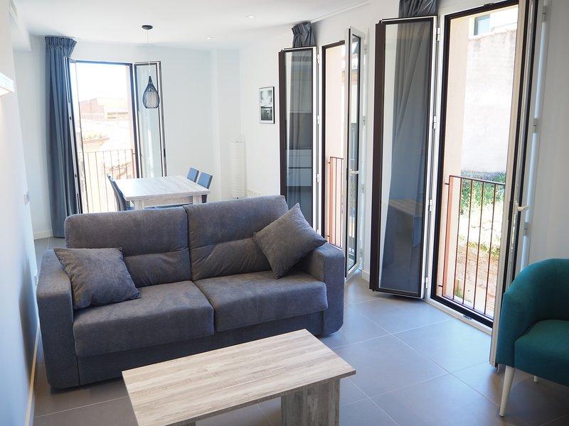 Apartamento Can Çalo 4 pax Castelló Empúries, holiday rental in Vilacolum