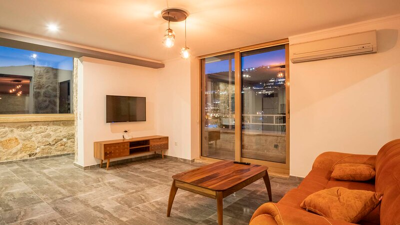 Villa Mini New Brand with Jacuzzi, holiday rental in Antalya