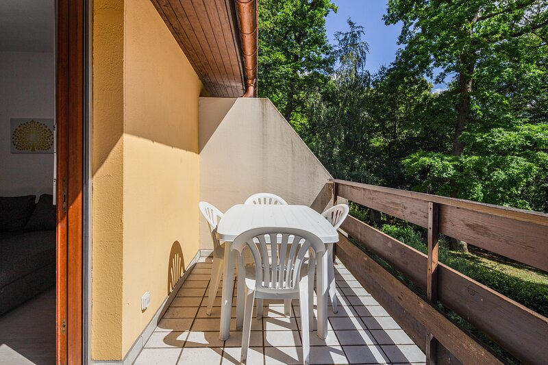 Wellholidays 96 - Triplex en pleine nature et piscine, holiday rental in Molsheim