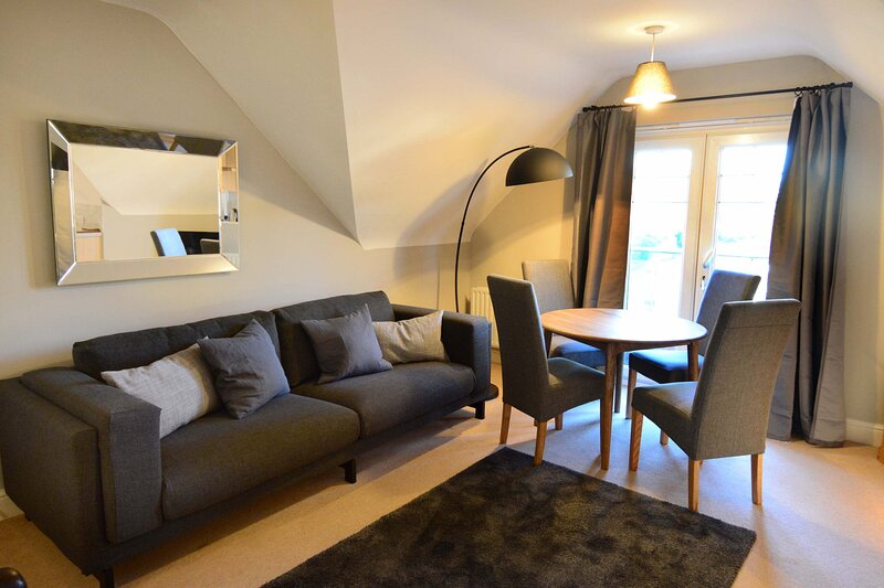 The Churchill Suite in Oxford, vacation rental in Eynsham