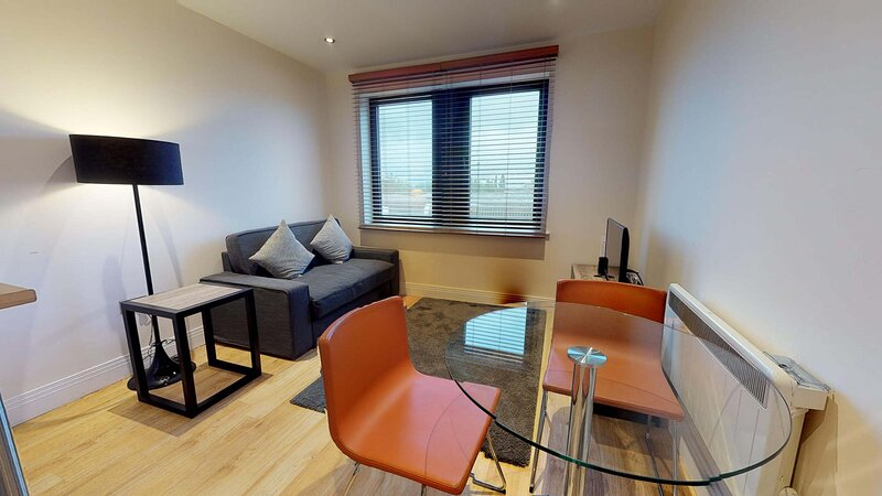 Stylish Oxford one bed apartment Nomad Suite #12, Ferienwohnung in Thame