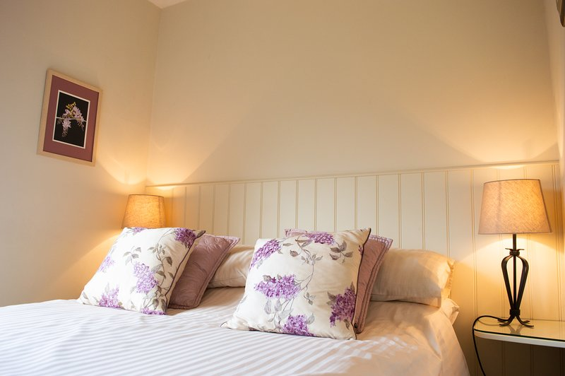 The Pack Horse - Wisteria Apartment, vacation rental in Exmoor National Park
