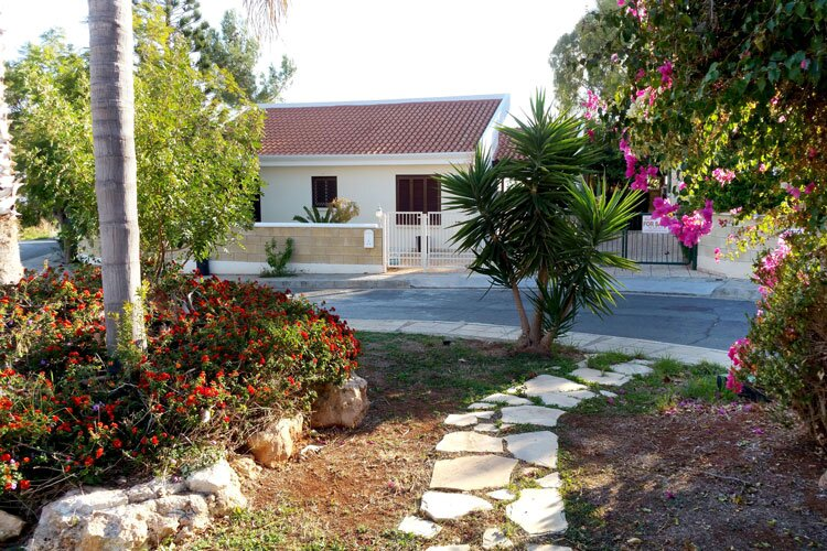 Mimosa Villa with private pool and sea view, holiday rental in Avdimou