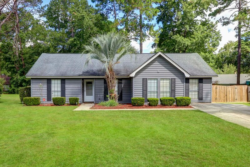 Pet-Friendly Home - 14 Mi to Historic District!, vacation rental in Midway
