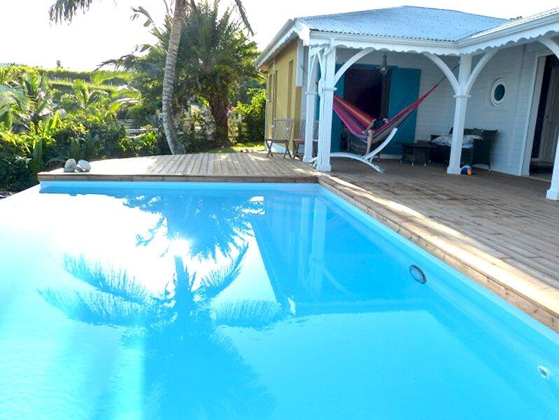 Très belle villa ouverte sur une magnifique vue mer avec piscine, 8/10 pers., location de vacances à Sainte Rose