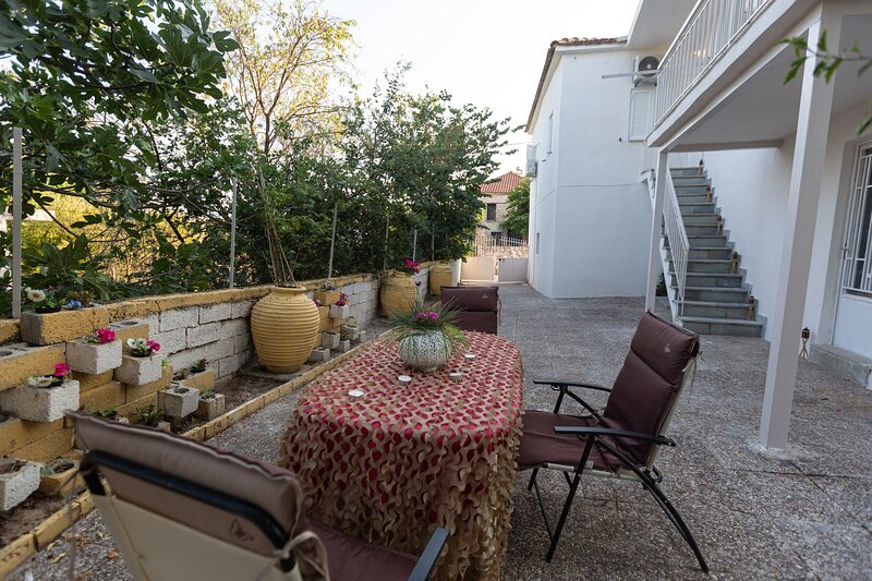 Danae Country Haven - Spacious and Fully Equipped, location de vacances à Chora