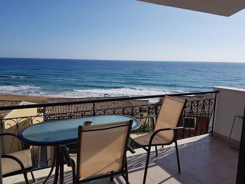 Corfu Glyfada Apartment *******, vacation rental in Vatos